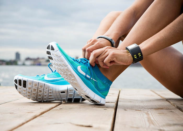 Спортивную обувь нужно менять примерно раз в 6 недель. / Фото: vvpg.ru