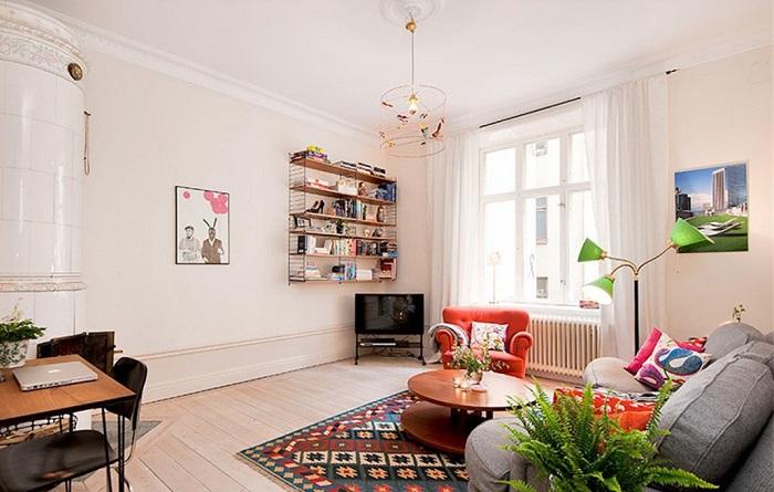 Высокие потолки в гостиной в хрущевке. / Фото: foto-remonta.ru
