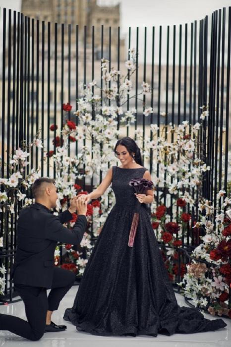 Любовь Сидоркина на церемонии бракосочетания. / Фото: wedding-magazine.ru