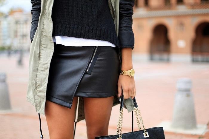Слишком короткая юбка выглядит вульгарно. / Фото: wildberries.ru