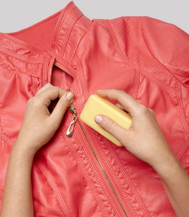 Намажьте молнию мылом. / Фото: winkgo.com