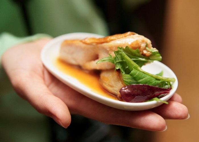 Маленькая тарелка поможет обмануть мозг. / Фото: xudenkaya.ru