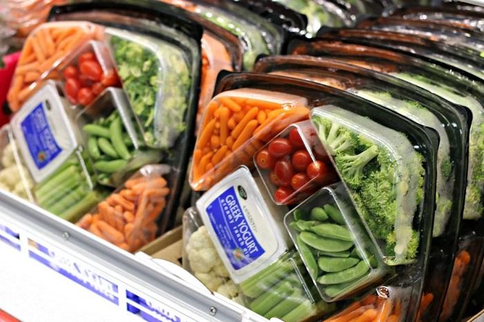 Замороженные продукты дольше и удобнее хранятся. / Фото: novostioede.ru