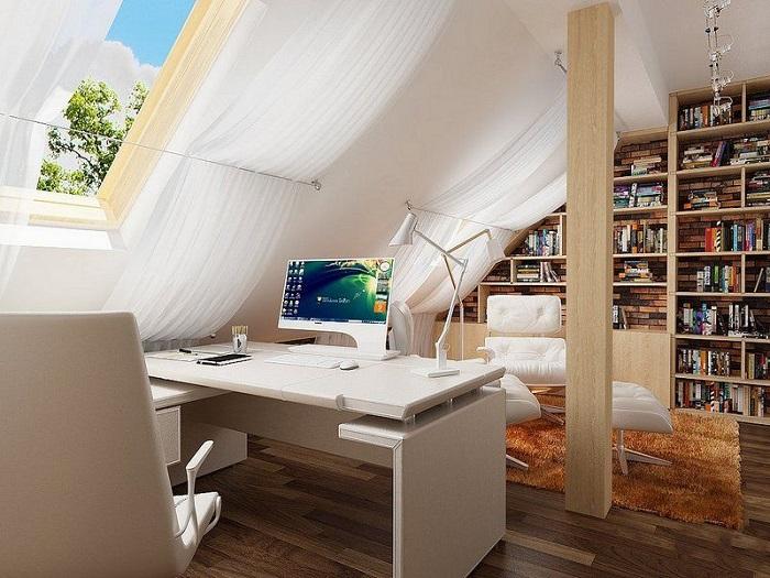 Мансарда станет уютным местом для домашнего офиса. / Фото: za.pinterest.com