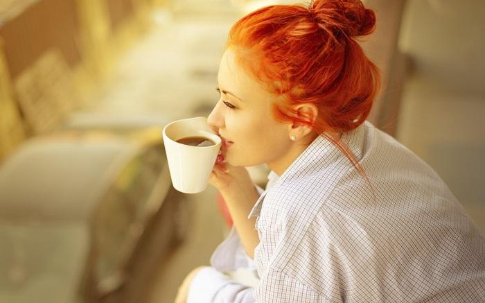 Кофе обеспечивает заряд бодрости на весь день. / Фото: zastavki.com