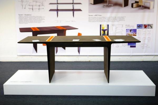 Прототип стола Владимира Кузьмина
