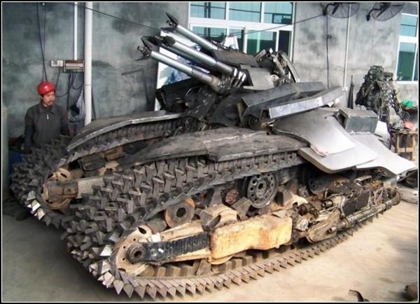 Танк-трансформер Мегатрон: киберпанк-будущее танковой индустрии