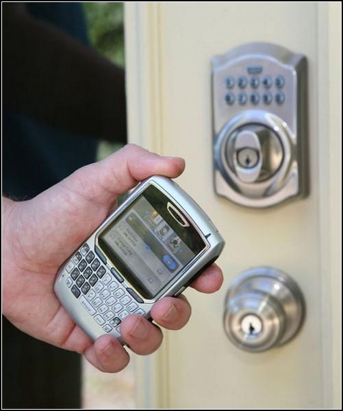 Дверь на засов! Интернет-замок