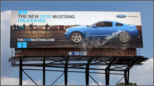 Креативная реклама машин. Дым на билборде под Детройтом