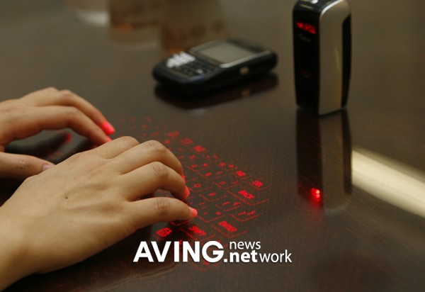 Виртуальные лазерные клавиатуры: CL850