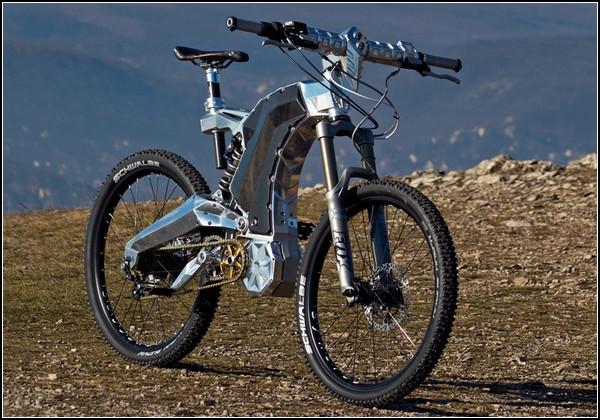 Велосипед и мотоцикл в одном флаконе