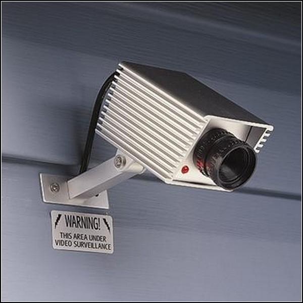 Фальшивая видеокамера от воров