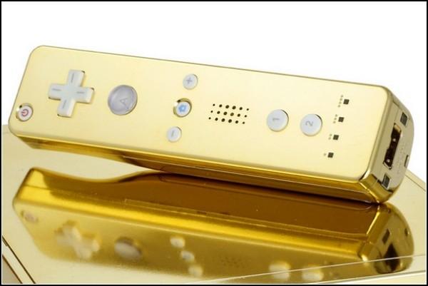 Позолоченный Wii - королевский подарок