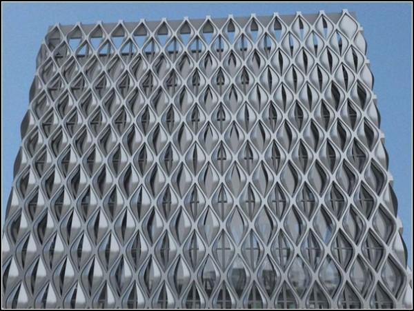 Дом-лотос урегулирует тепловой баланс здания