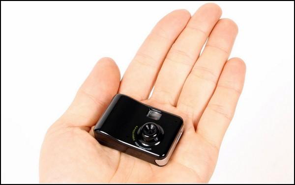 Очень маленькая универсальная камера от Thanko