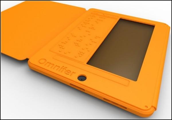 Печать вслепую на iPad: чехол с азбукой Брайля