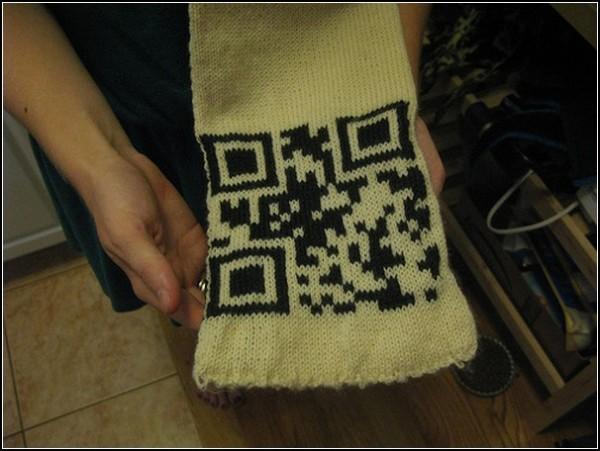 Двухмерный штрихкод на шарфике