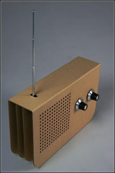 Экологичный радиоприемник из картона