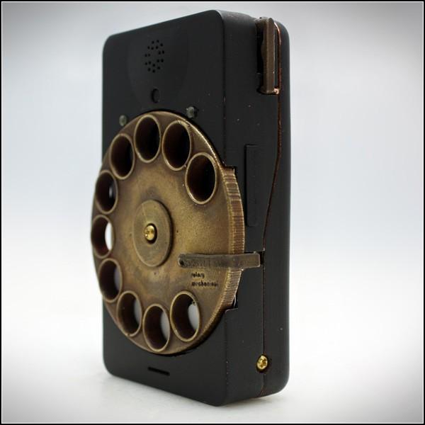 Стильный смартфон с медным диском