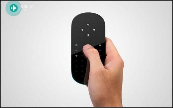 Пульт от телевизора с почти сенсорным экраном: Toggle