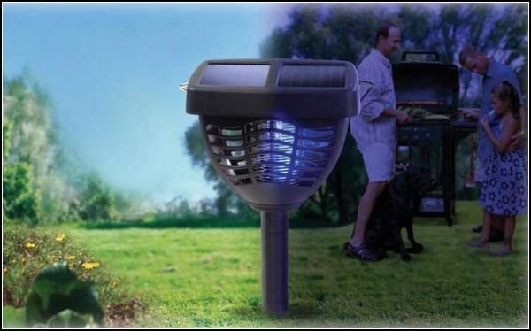 Борьба с насекомыми солнечной энергией
