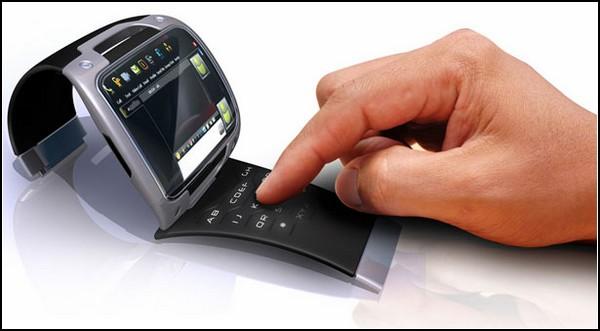 Наручные часы-смартфон WristPC: много кнопок и 3,5-дюймовый экран