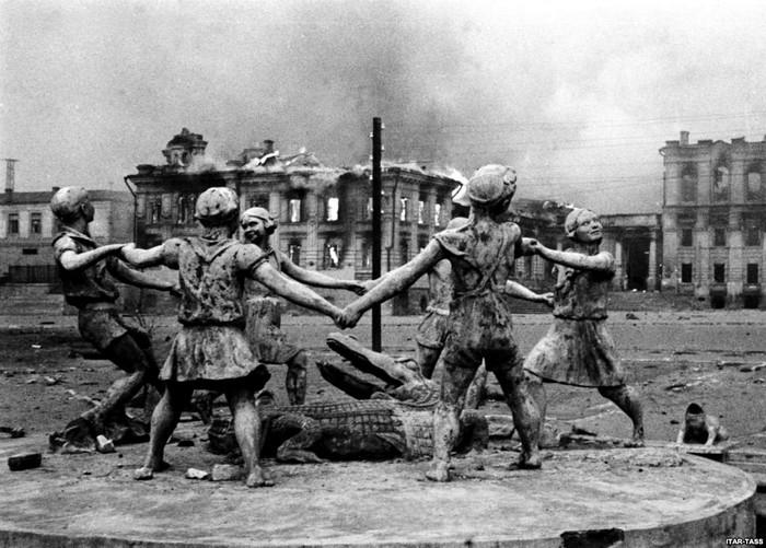 10 кровопролитных сражений, которые повлияли на ход Второй мировой