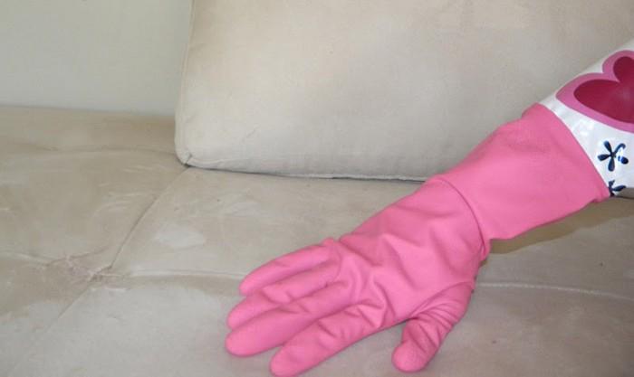 Резиновые перчатки – мощное «оружие»