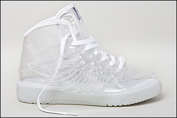 Крылатые Adidas Wings by Jeremy Scott