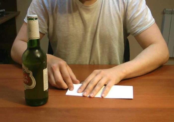 5 трюков с бутылкой, которые сделают вас королем вечеринки