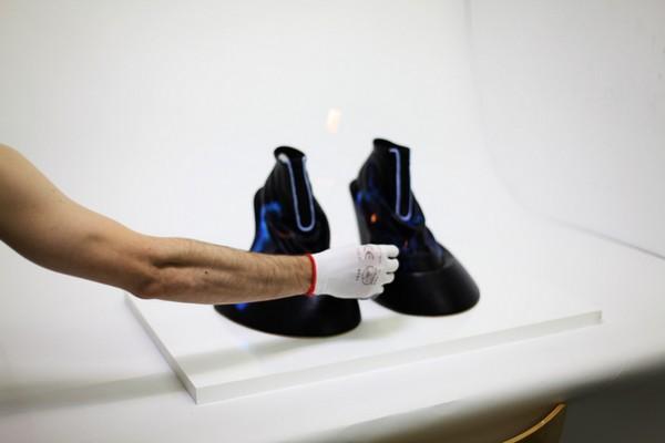 Философская обувь со странными опциями от Бенджамина Джона Холла (Benjamin John Hall):«Воскрешение»