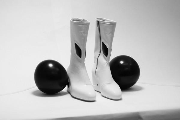 Философская обувь со странными опциями от Бенджамина Джона Холла (Benjamin John Hall):«Жизнь»