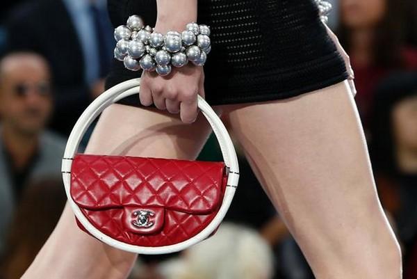 Сумочки - хула-хупы от Chanel