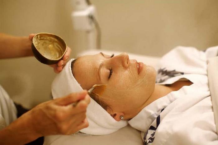 Соловьиный помёт – не самый рядовой выбор для косметической маски