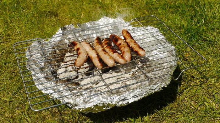 Как приготовить мясо барбекю в жестяной банке
