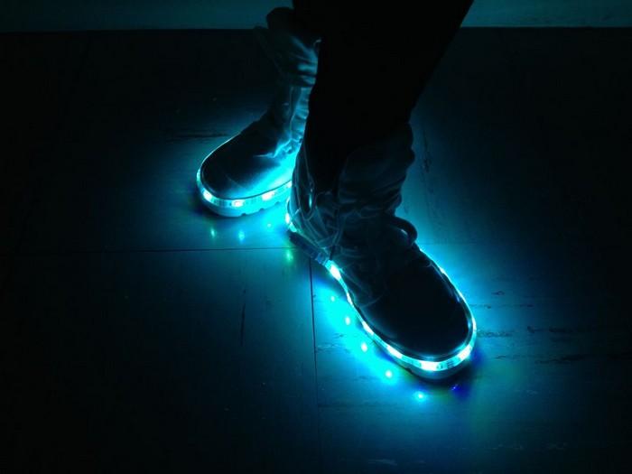 Как сделать кроссовки с подсветкой