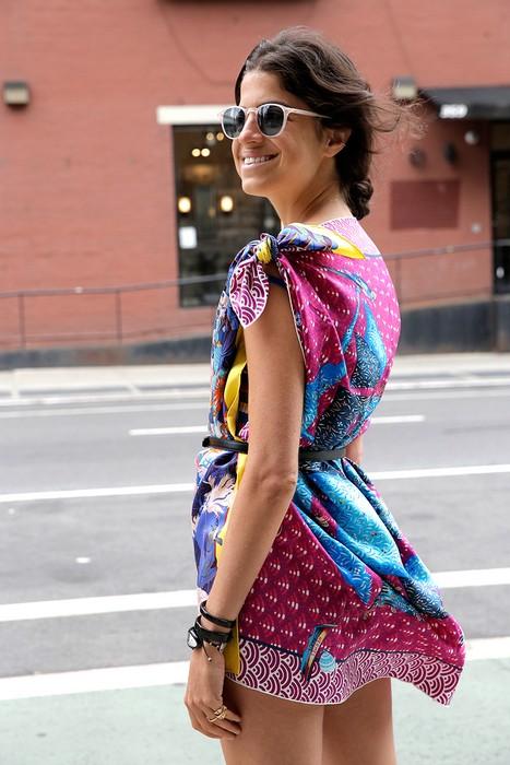 Делаем яркое мини-платье из шёлковых платков