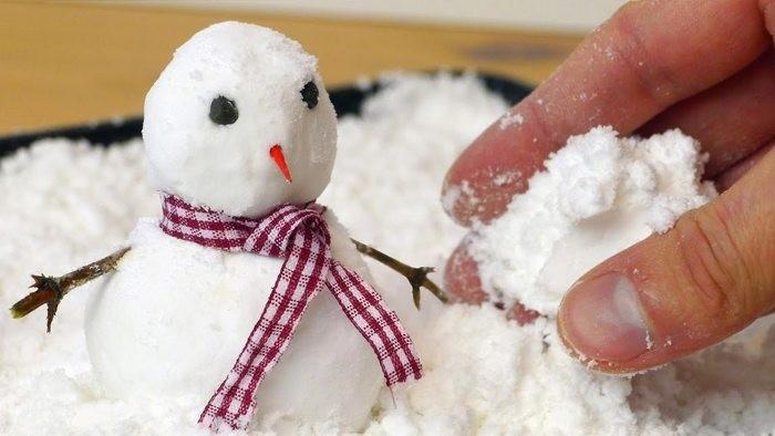 Как сделать искусственный снег с приятным запахом