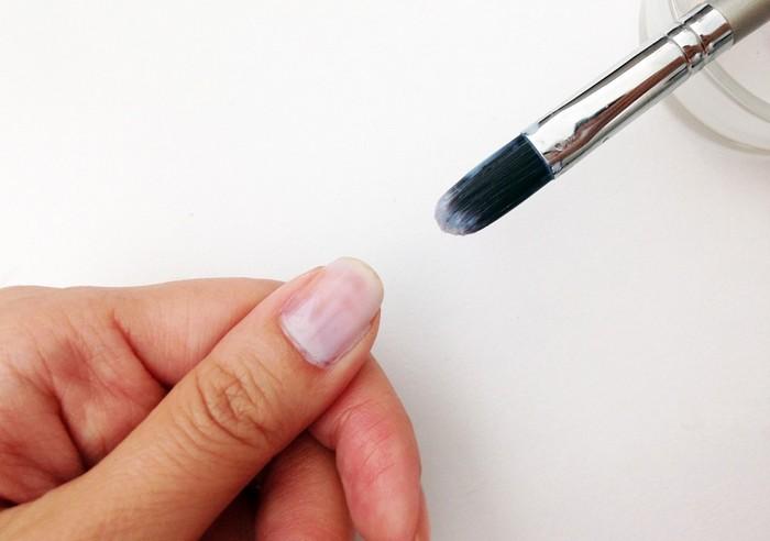 Как просто снять стойкий лак или лак с блёстками