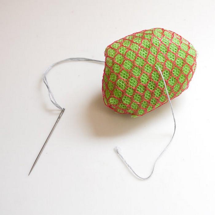 Как за 5 минут превратить сетки для фруктов и овощей в губку-скраб для посуды