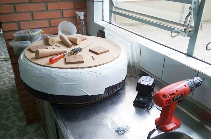 Обязательно промойте и проветрите покрышку прежде, чем начать работу.