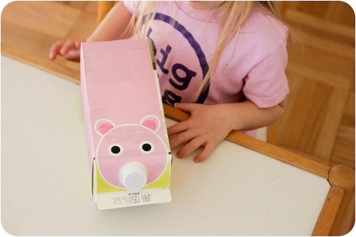 17 забавных применений коробкам от молочных продуктов и сока