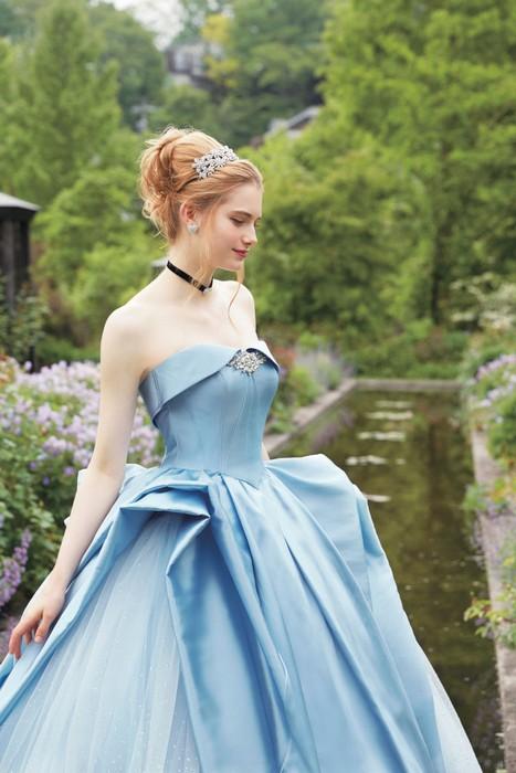 Свадебная коллекция Kuraudia Co и Disney: платье Золушки