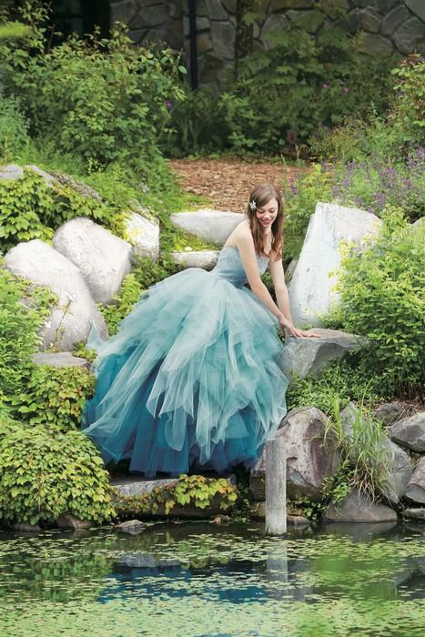 Свадебная коллекция Kuraudia Co и Disney: платье Рапунцель