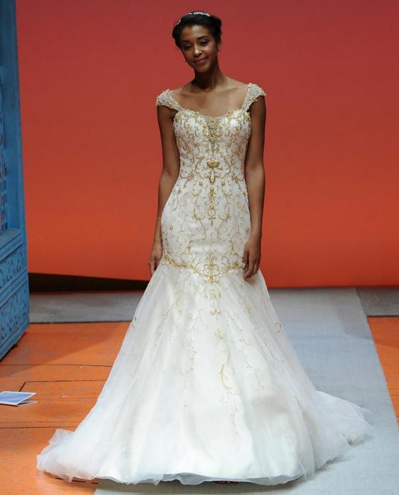 Шикарные свадебные платья по мотивам мультиков Disney: Тиана