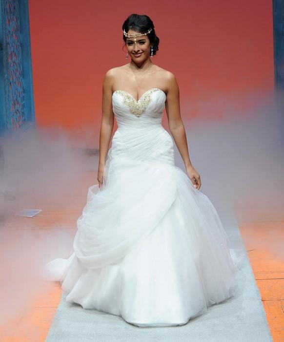 Шикарные свадебные платья по мотивам мультиков Disney: Жасмин
