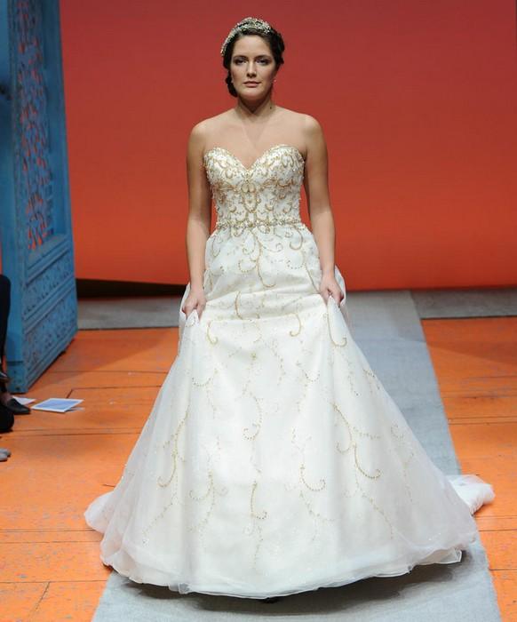 Шикарные свадебные платья по мотивам мультиков Disney: Золушка