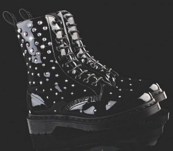 Новая коллекция Dr Martens x Swarovski в стиле рок-шик