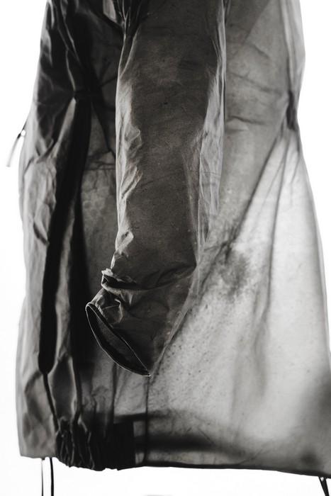 Коллекция из прозрачной кожи от бренда Ecco и дизайнера Sruli Recht