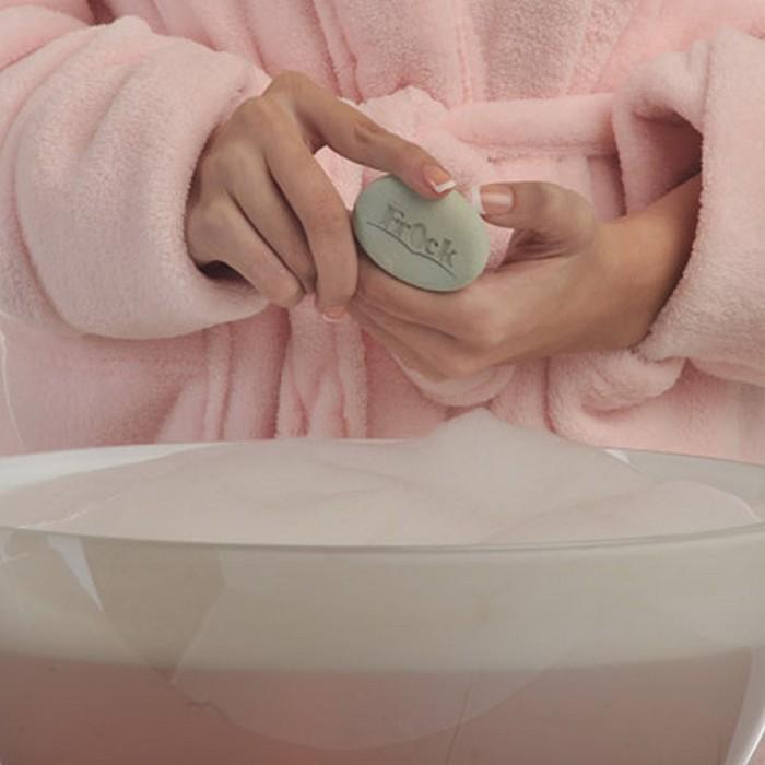 Камень для лица Frock – самый натуральный способ справиться с жирностью кожи